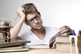 Comment jongler entre vie professionnelle et études ?